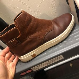 Timberland high top shoes